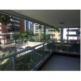 cortinas de vidro em apartamento Aquiraz
