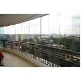 varanda com vidro de sobrados Caucaia