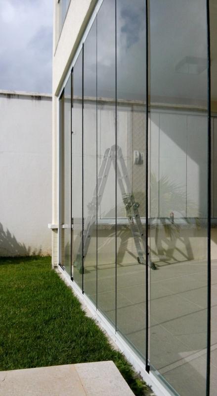 Cortina de Vidro Automática Aquiraz - Cortina de Vidro em Apartamento