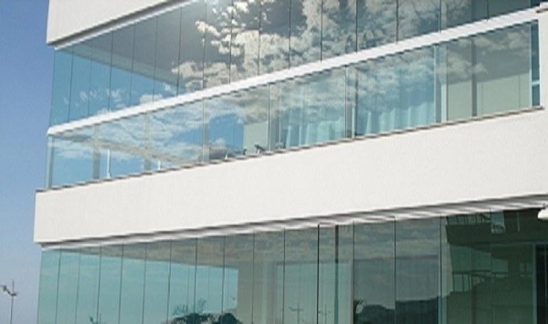 Sacada com Vidro Retrátil Aquiraz - Sacada com Vidro Retrátil