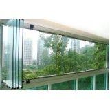 varanda de vidro temperado
