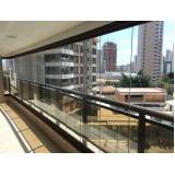 cortina de vidro área externa